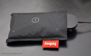 nokia wireless charging pillow by fatboy Cancer 90:372-376