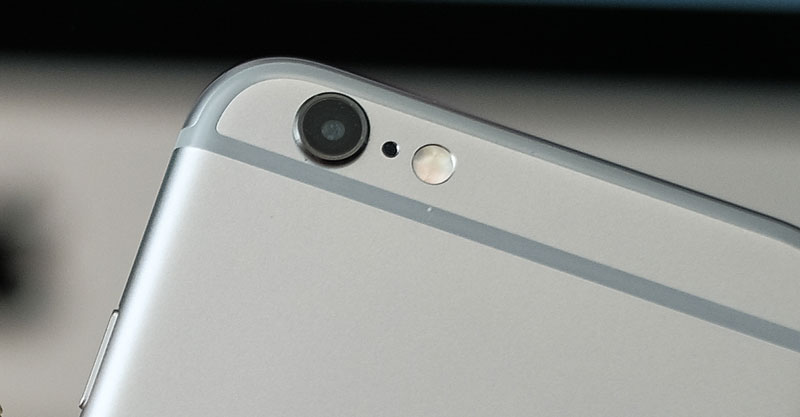 iphone-camera-lens-closeup