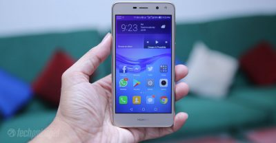 Huawei Y5 2017 Review - Display Hands-on