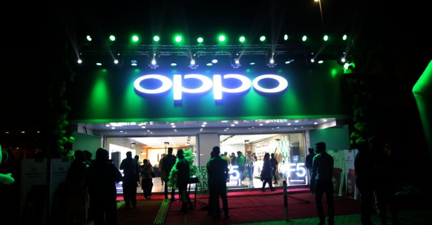 OPPO's Biggest Retail Store in Pakistan