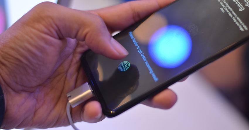 Vivo V11 Pro In-Display Fingerprint Scanner